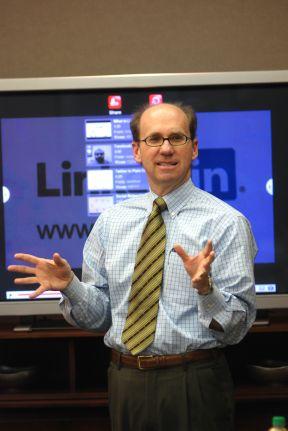 Wayne, LinkedIn Consultant